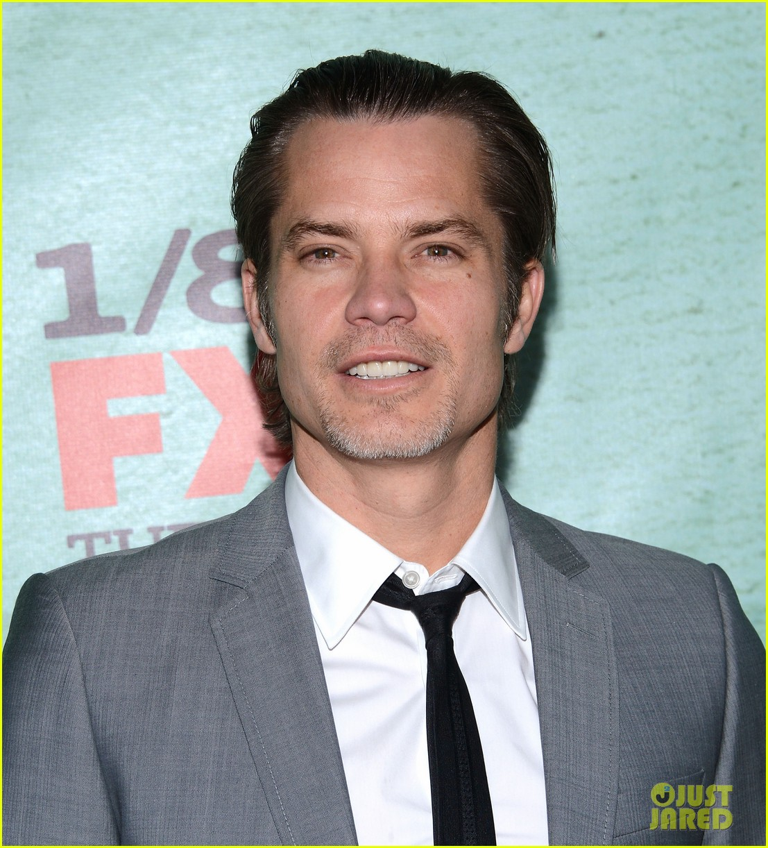 timothy olyphant joelle carter justified season four premiere 122785552