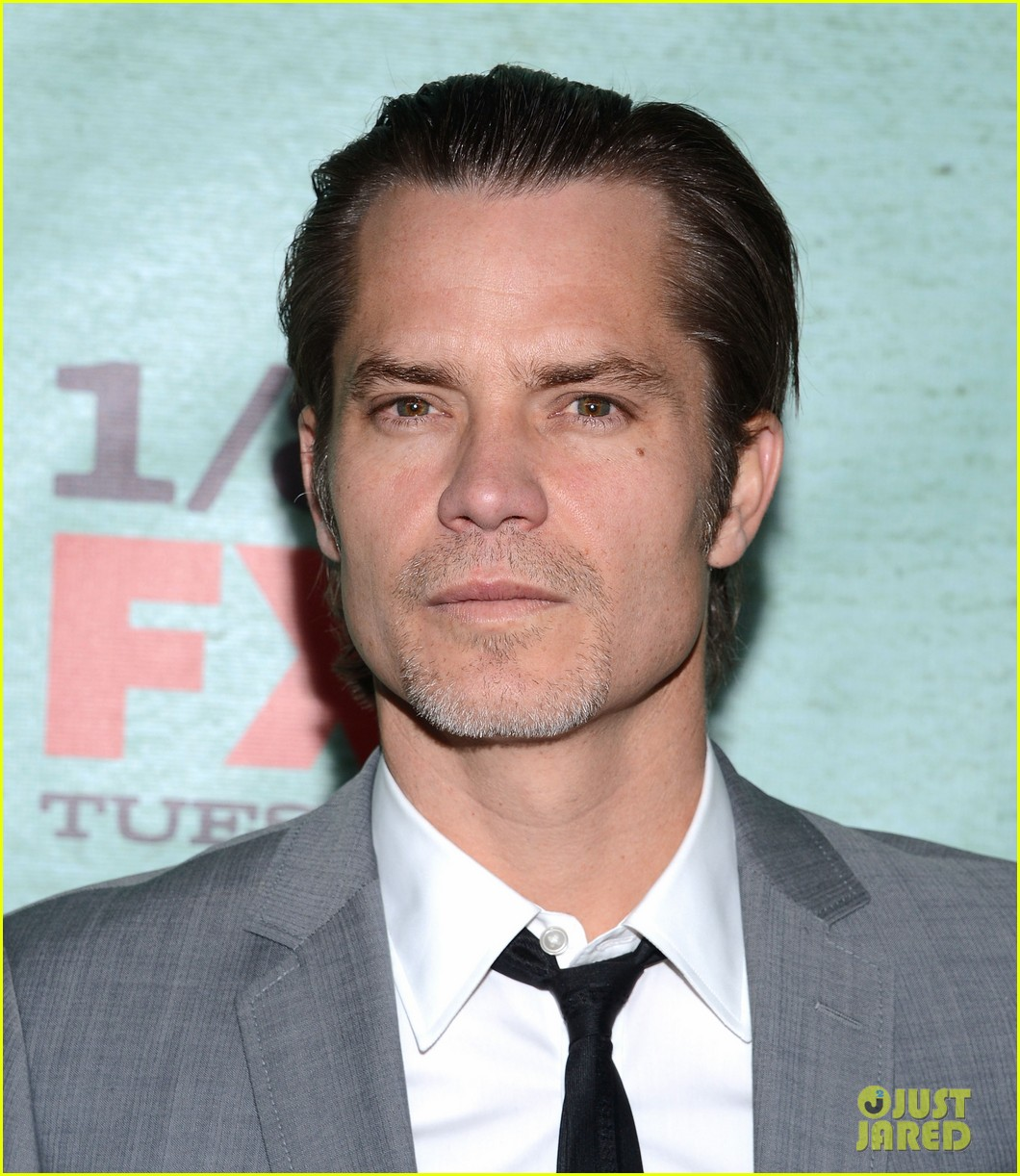 timothy olyphant joelle carter justified season four premiere 15