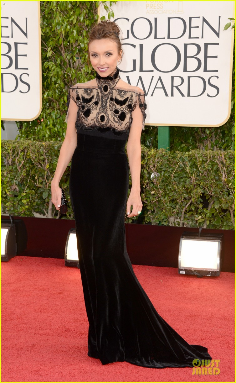 kelly osbourne giuliana rancic golden globes 2013 red carpet 12