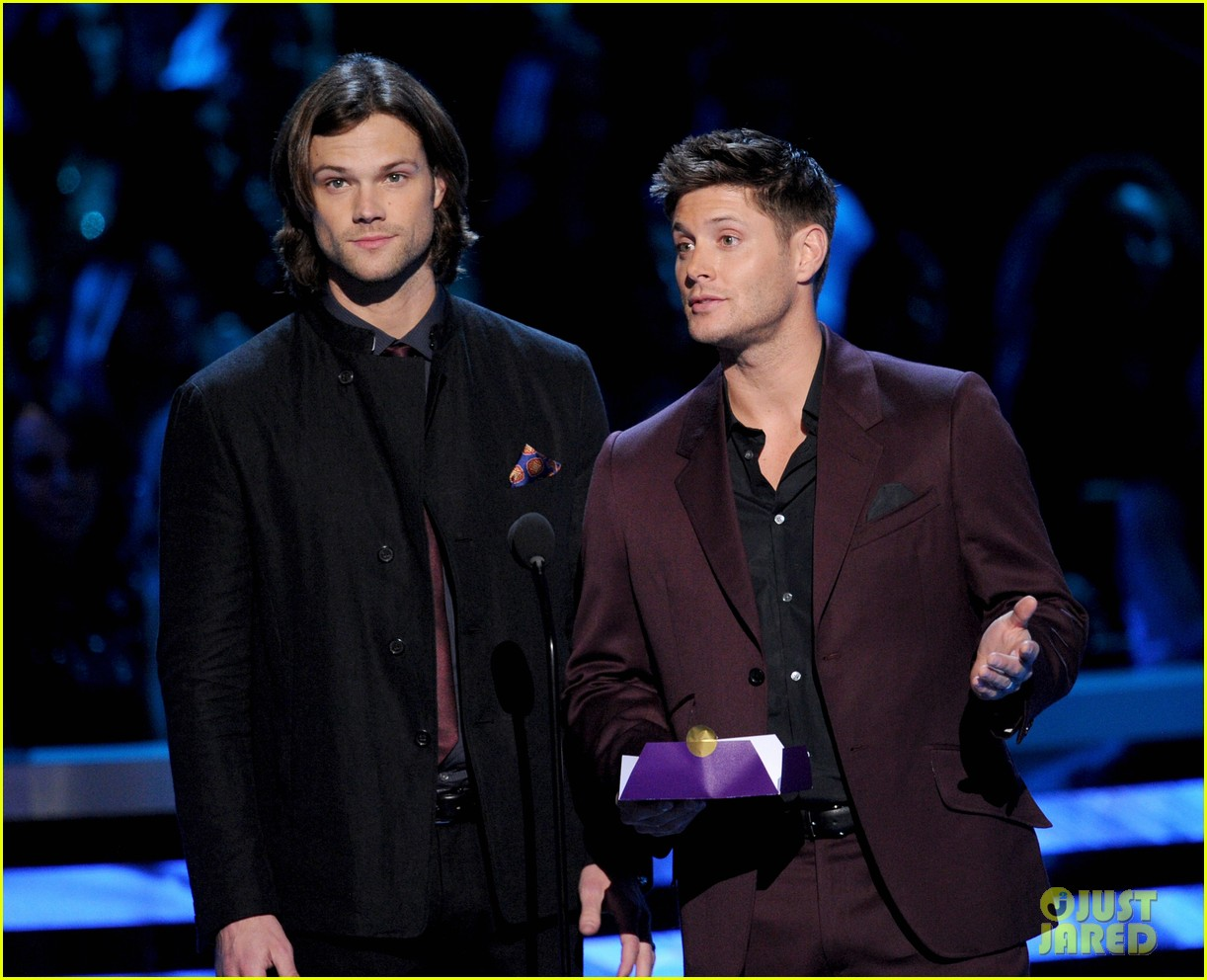 jared padalecki jensen ackles peoples choice awards 2013 082788033