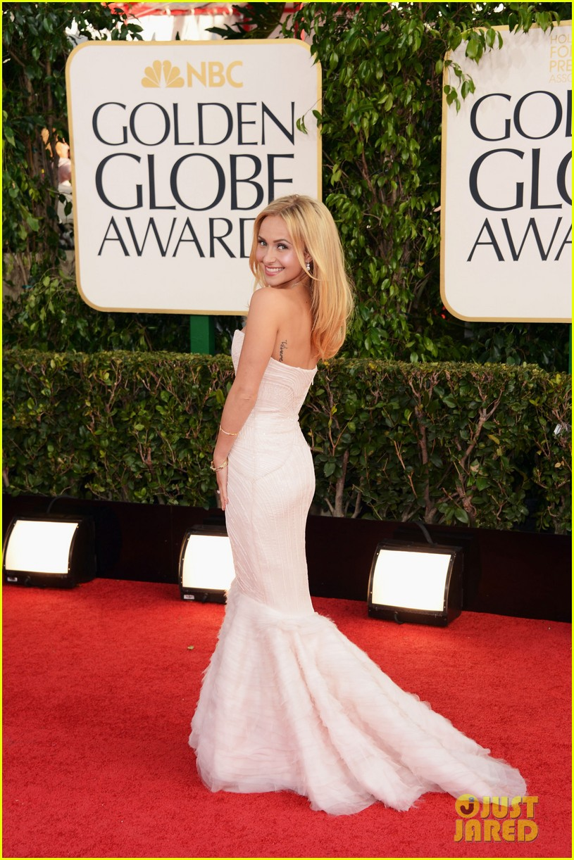 hayden panettiere golden globes 2013 red carpet 052790860