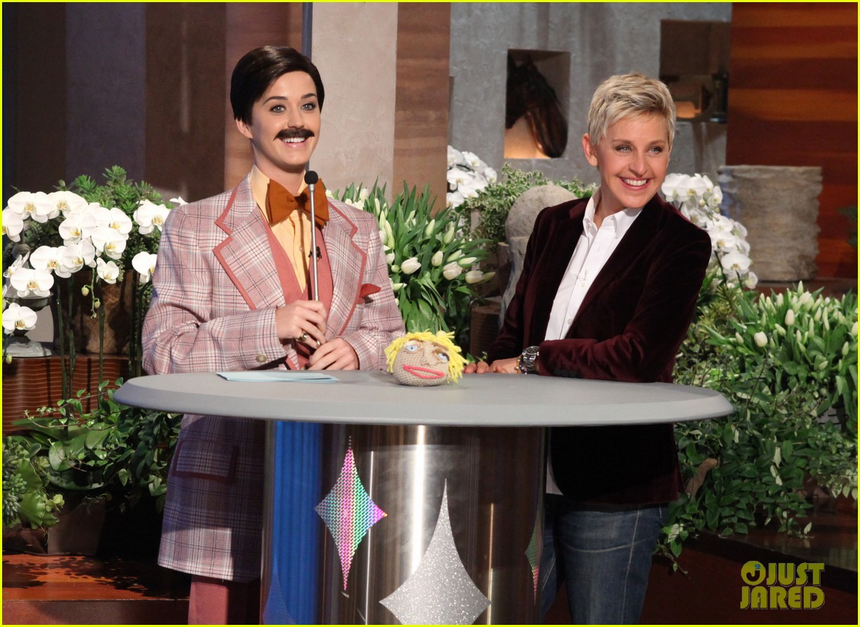 katy perry cross dressed for ellen before pop chips event 012798451
