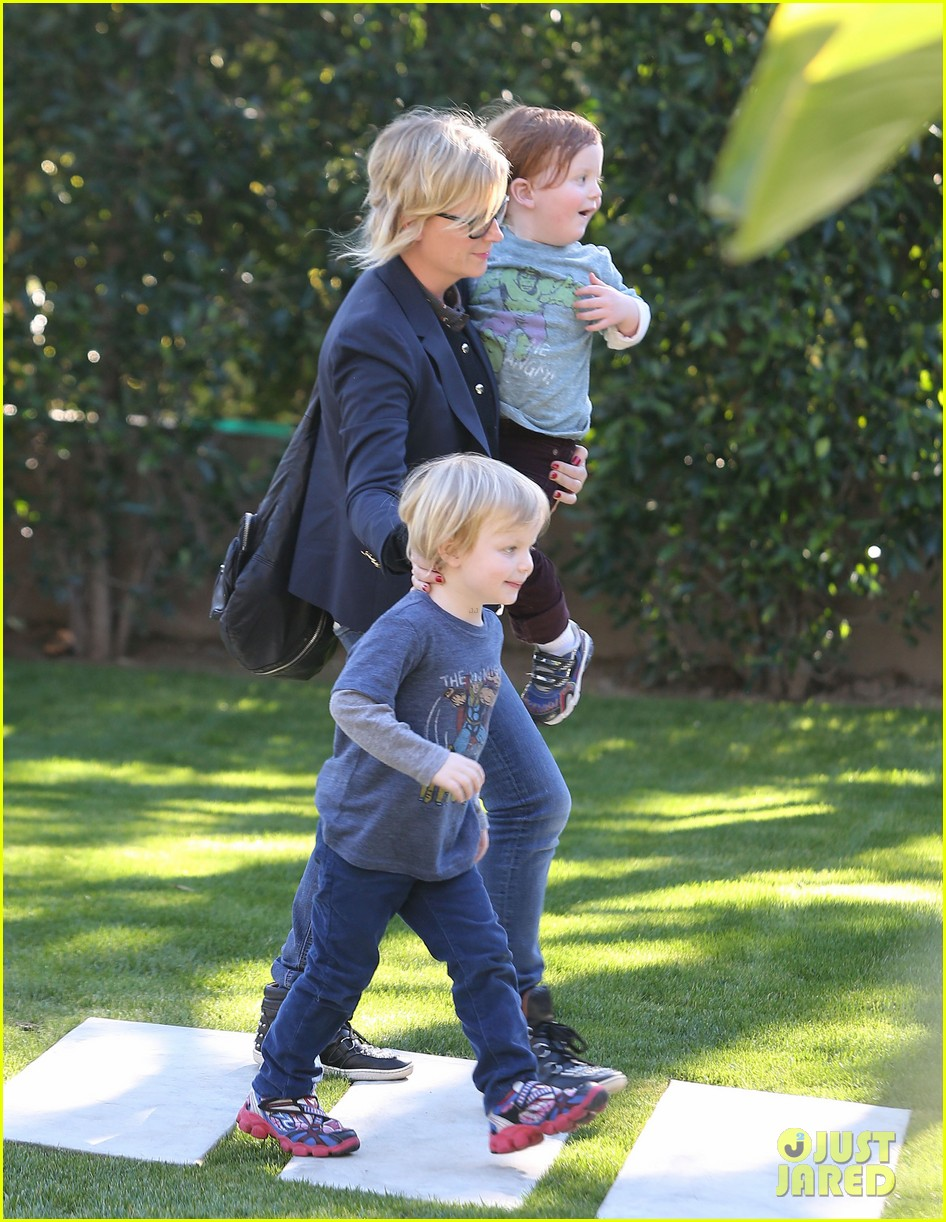 amy poehler birthday party with archie abel 162795277