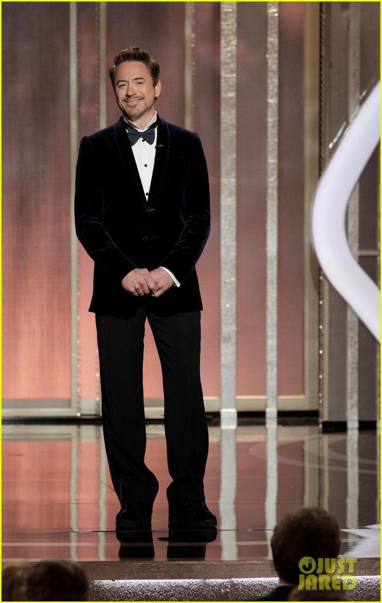 robert downey jr jeremy renner golden globes 2013 03