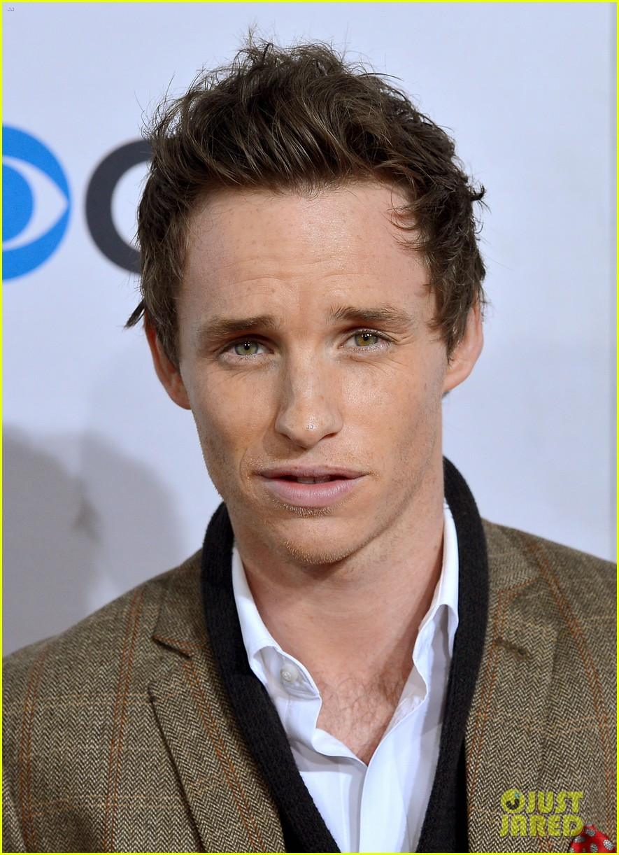 [Obrazek: eddie-redmayne-peoples-choice-2013-04.jpg]