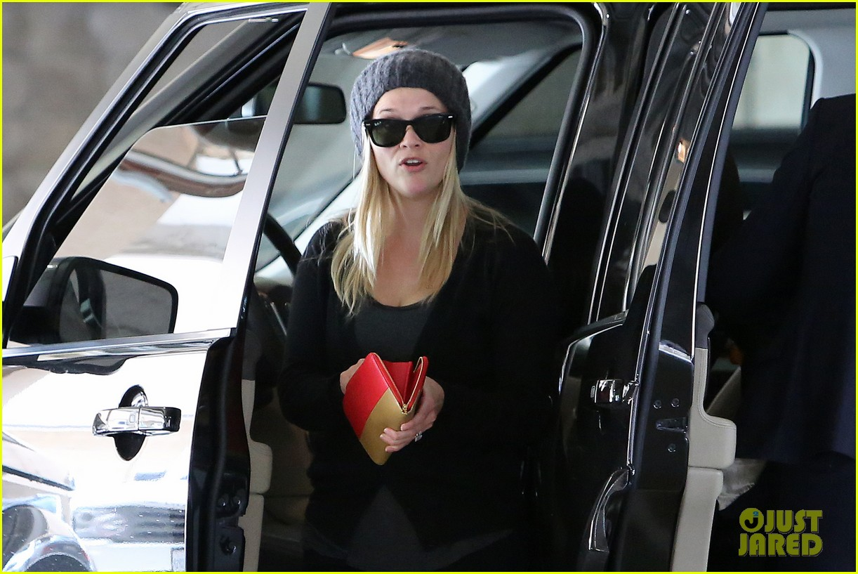 reese witherspoon doctors appointment with tennessee 022800819