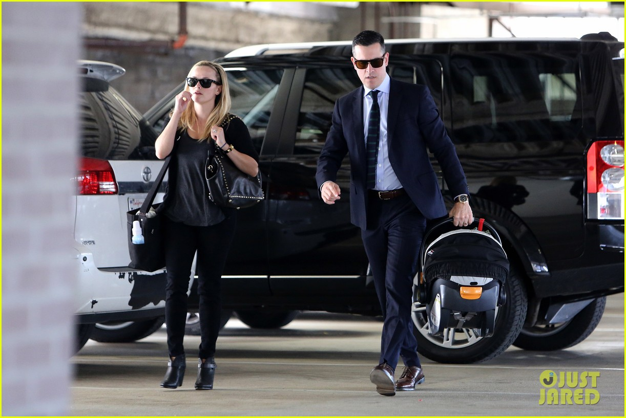 reese witherspoon doctors appointment with tennessee 132800830