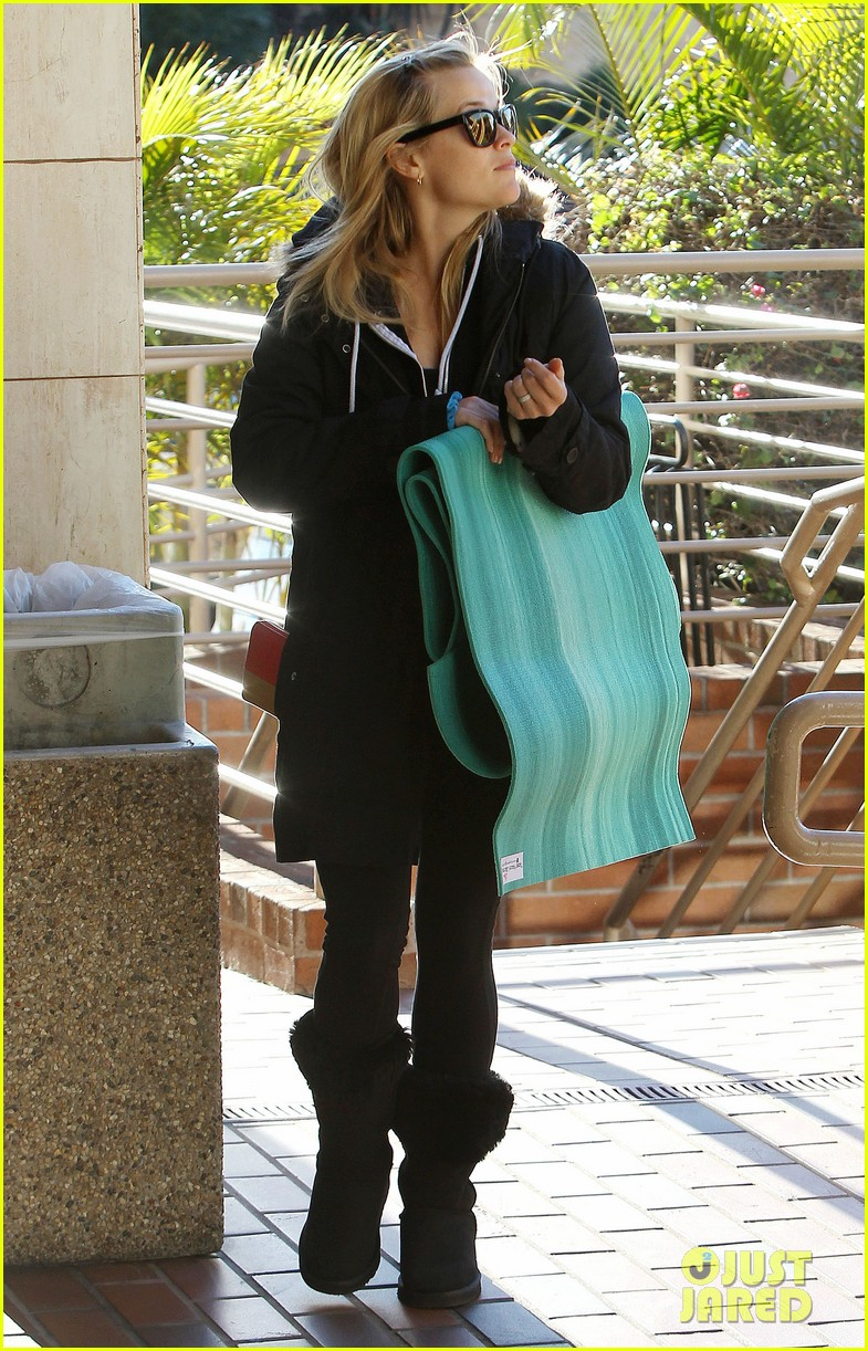 reese witherspoon to work with sofia vergara 092793645