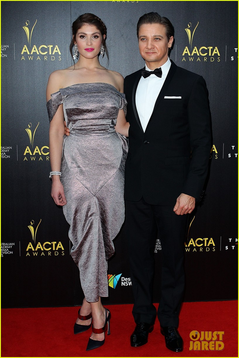 jeremy renner gemma arterton aacta awards attendees 022801210