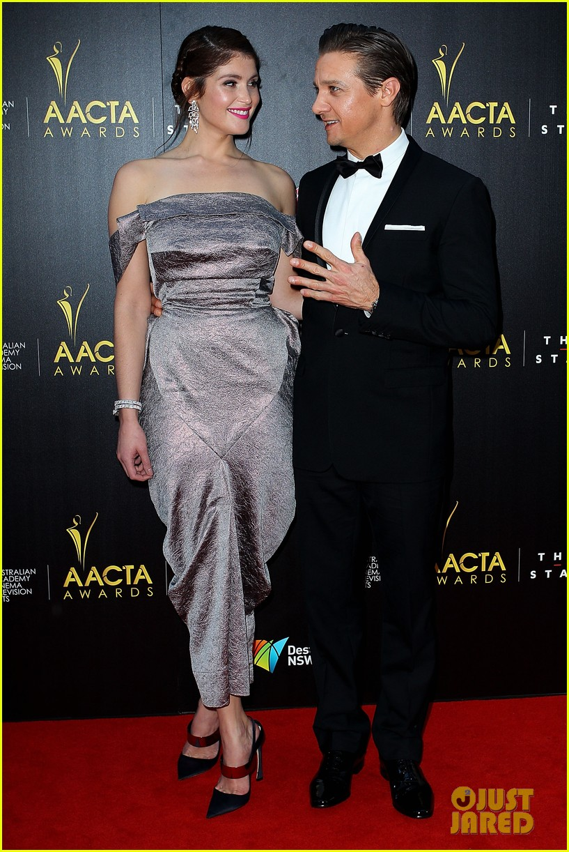 jeremy renner gemma arterton aacta awards attendees 052801213