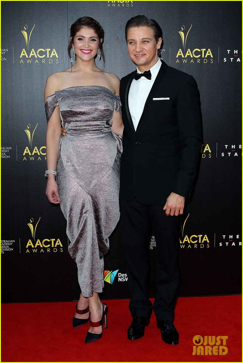 jeremy renner gemma arterton aacta awards attendees 072801215