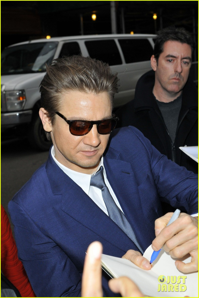 jeremy renner late show appearance 022793720