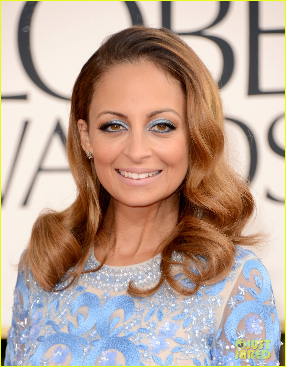 nicole richie golden globes 2013 red carpet 02