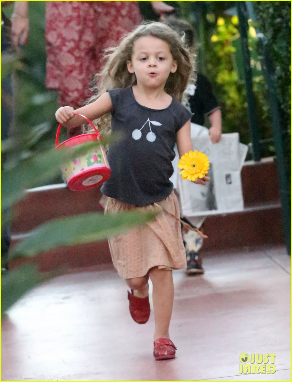 nicole richie beverly hills hotel party 042795313