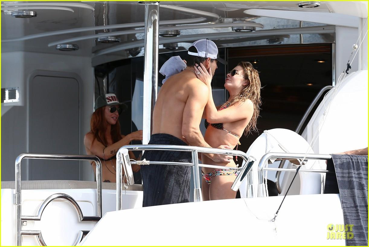 leann rimes bikini kissing with shirtless eddie cibrian 162783361