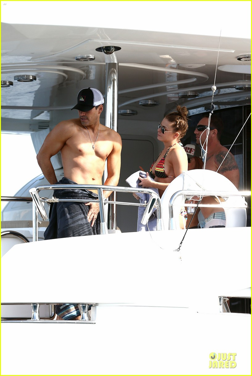 leann rimes bikini kissing with shirtless eddie cibrian 192783364