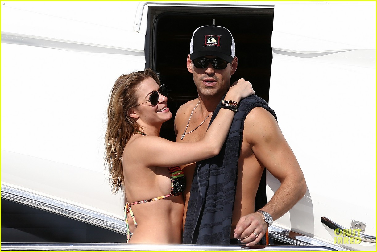 leann rimes bikini kissing with shirtless eddie cibrian 202783365
