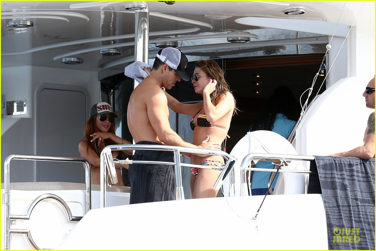leann rimes bikini kissing with shirtless eddie cibrian 222783367