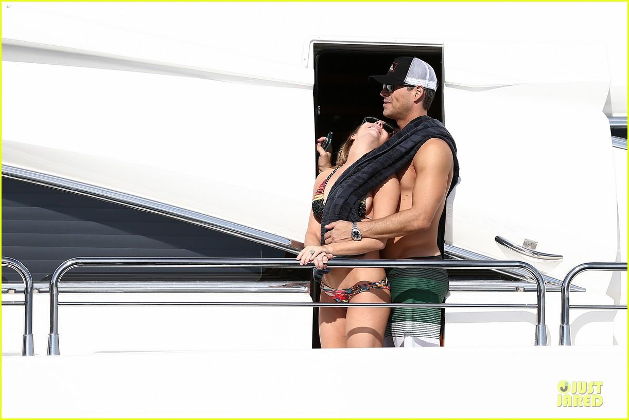 leann rimes bikini kissing with shirtless eddie cibrian 252783370