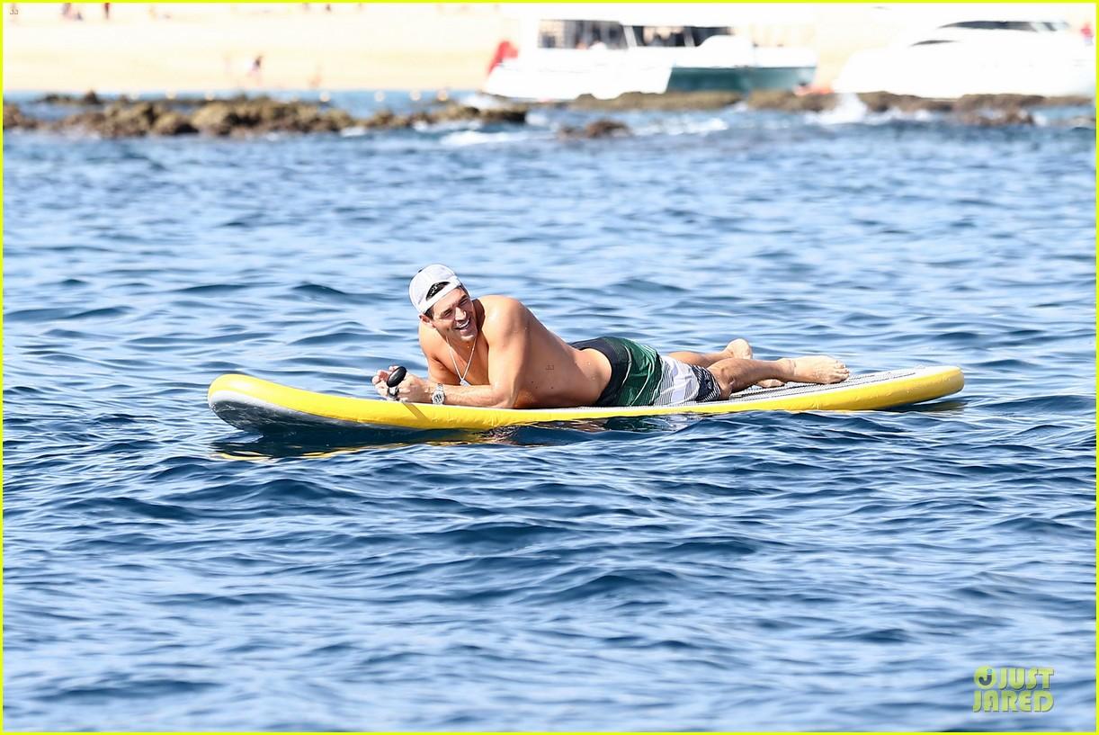 leann rimes bikini kissing with shirtless eddie cibrian 282783373