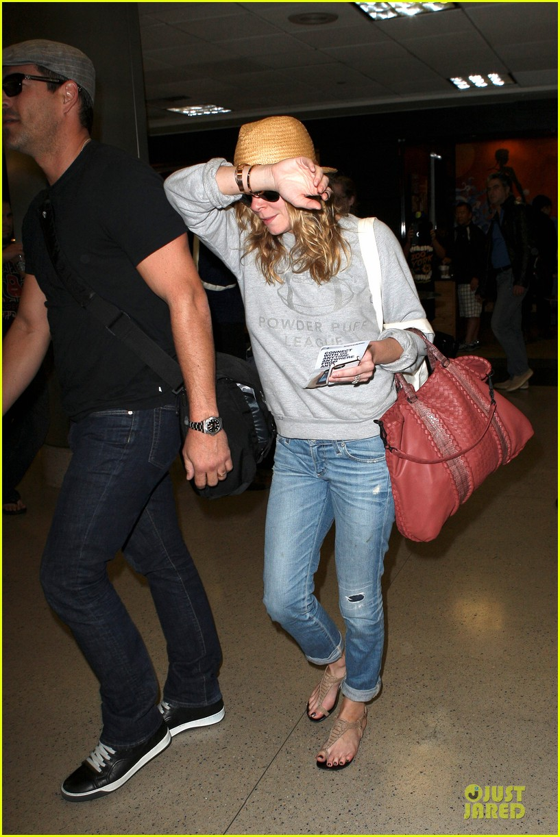 leann rimes traveling sick with eddie cibrian 032785017