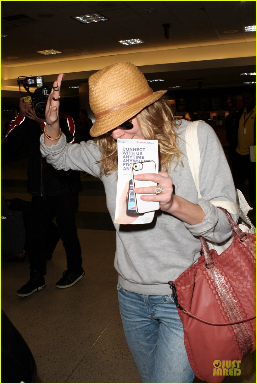 leann rimes traveling sick with eddie cibrian 08