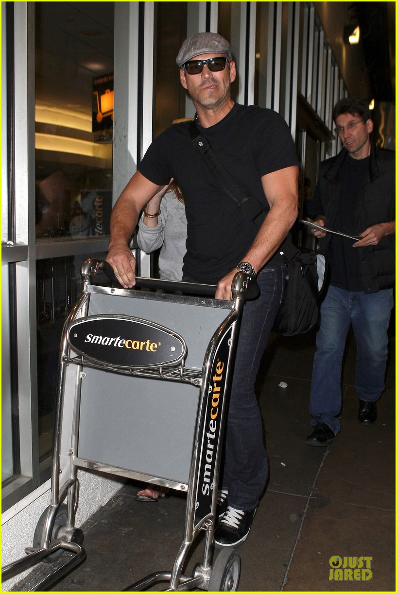leann rimes traveling sick with eddie cibrian 092785023