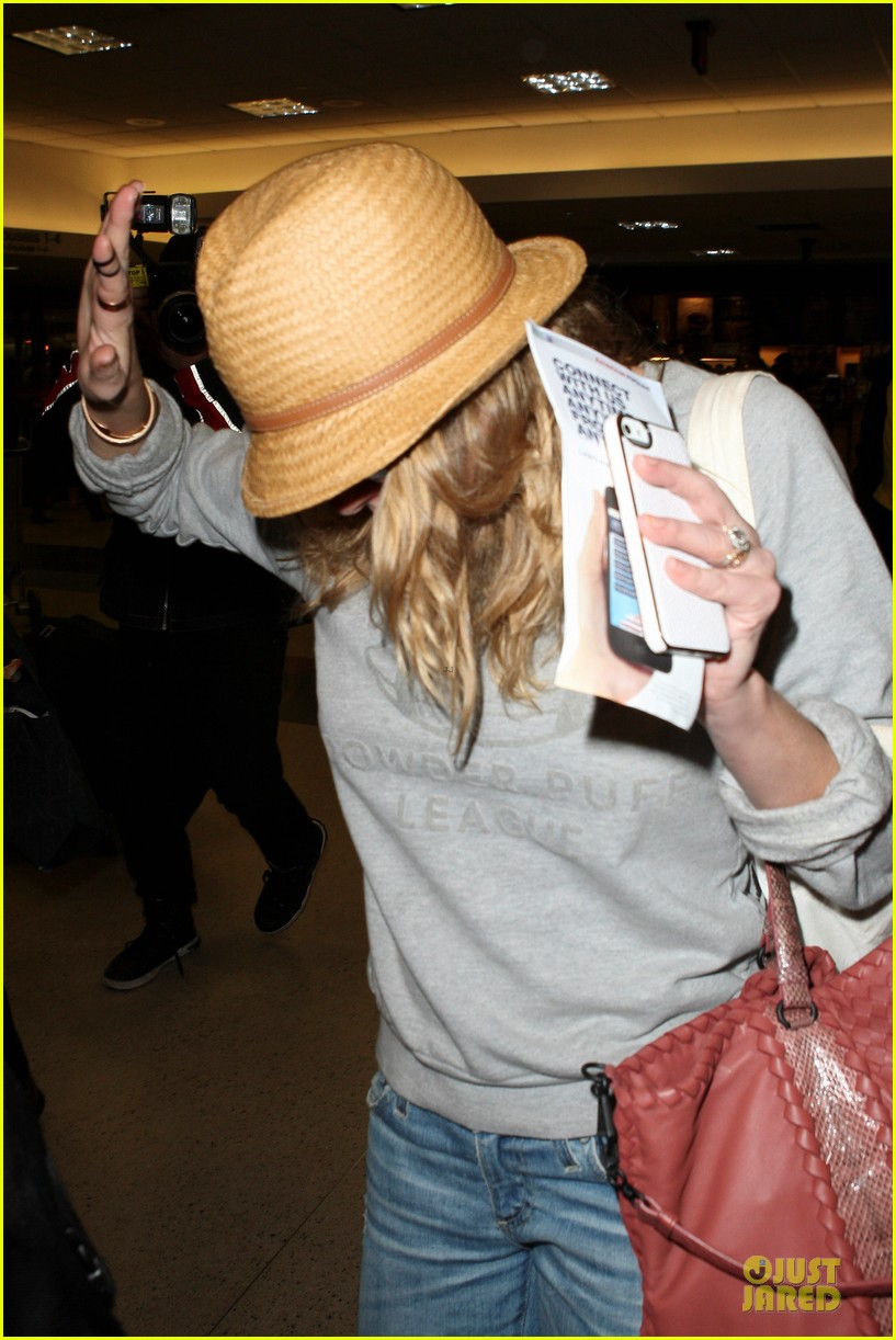 leann rimes traveling sick with eddie cibrian 24
