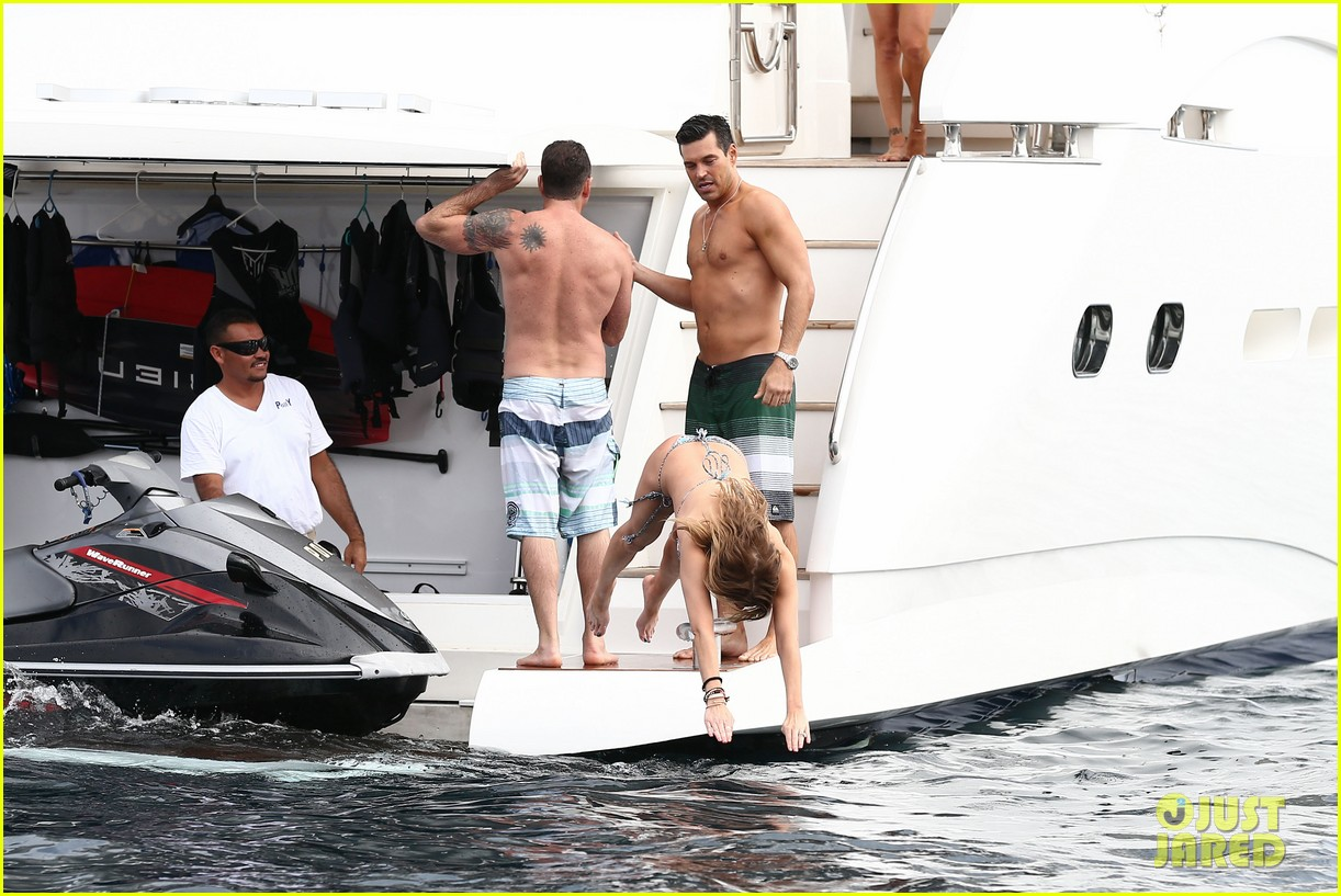 leann rimes eddie cibrian new years eve swimming in cabo 132783743