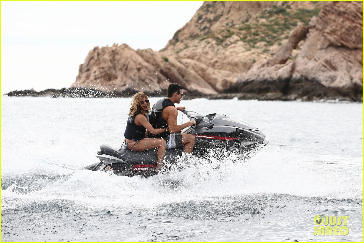 leann rimes eddie cibrian new years eve swimming in cabo 252783755