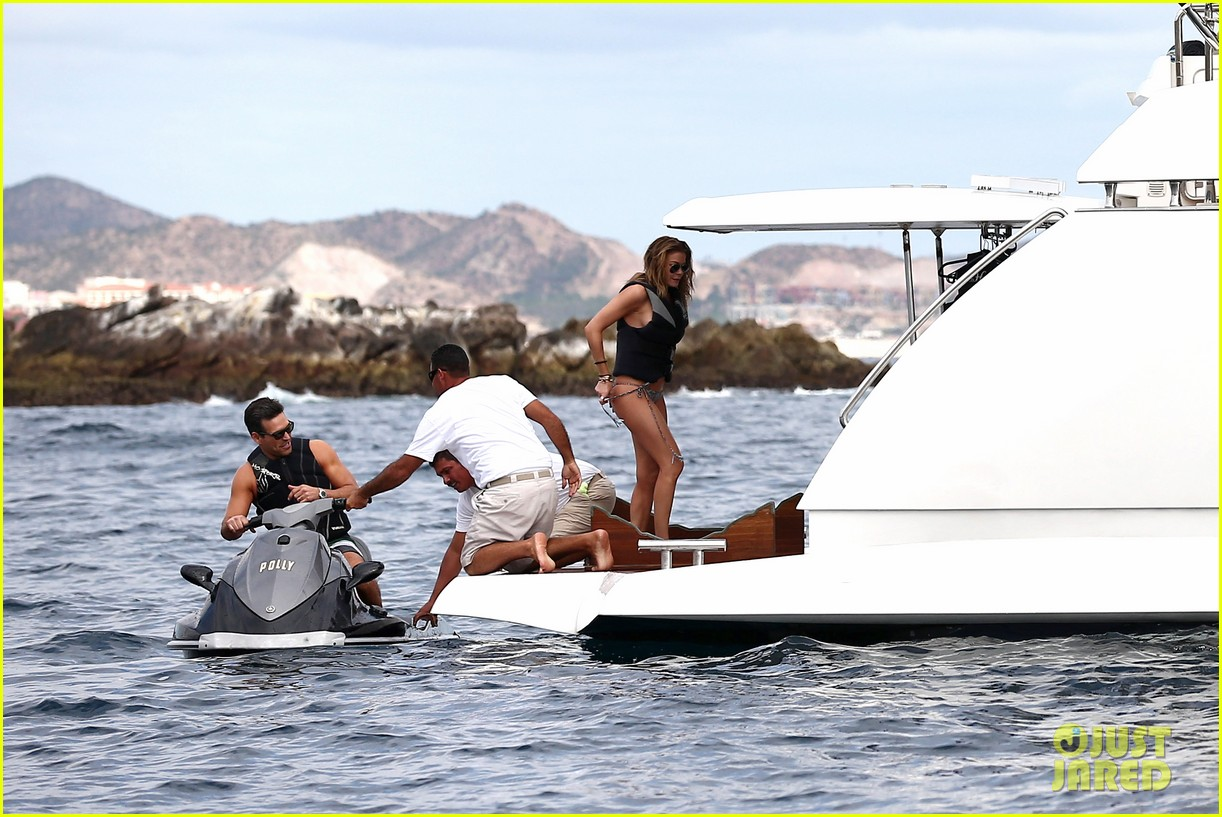 leann rimes eddie cibrian new years eve swimming in cabo 262783756