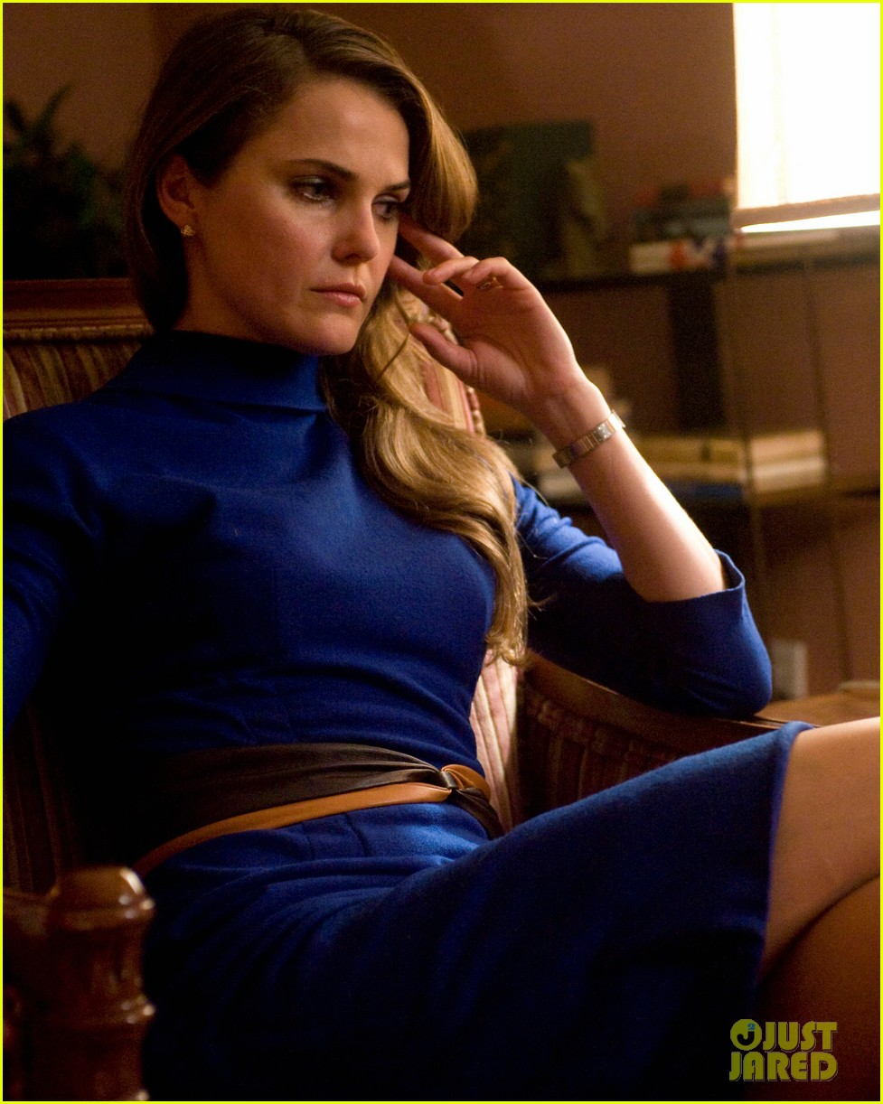keri russell the americans pilot stills released 042784557