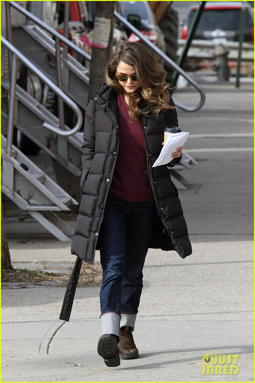 keri russell the americans pilot stills released 182784571