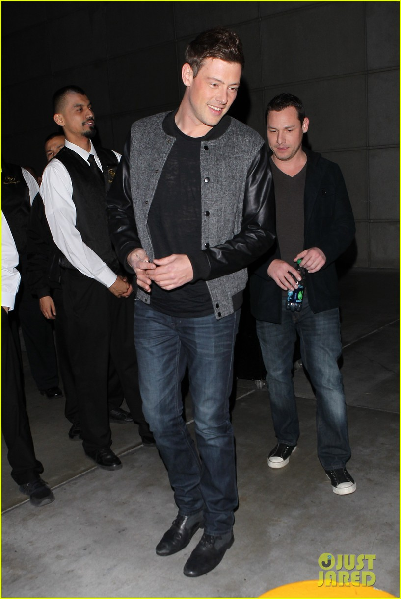 patrick schwazenegger taylor lautner lakers game guys 172794138