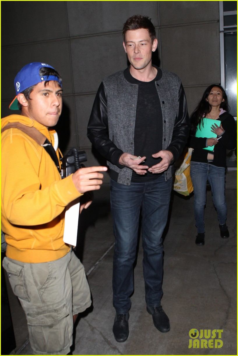 patrick schwazenegger taylor lautner lakers game guys 202794141