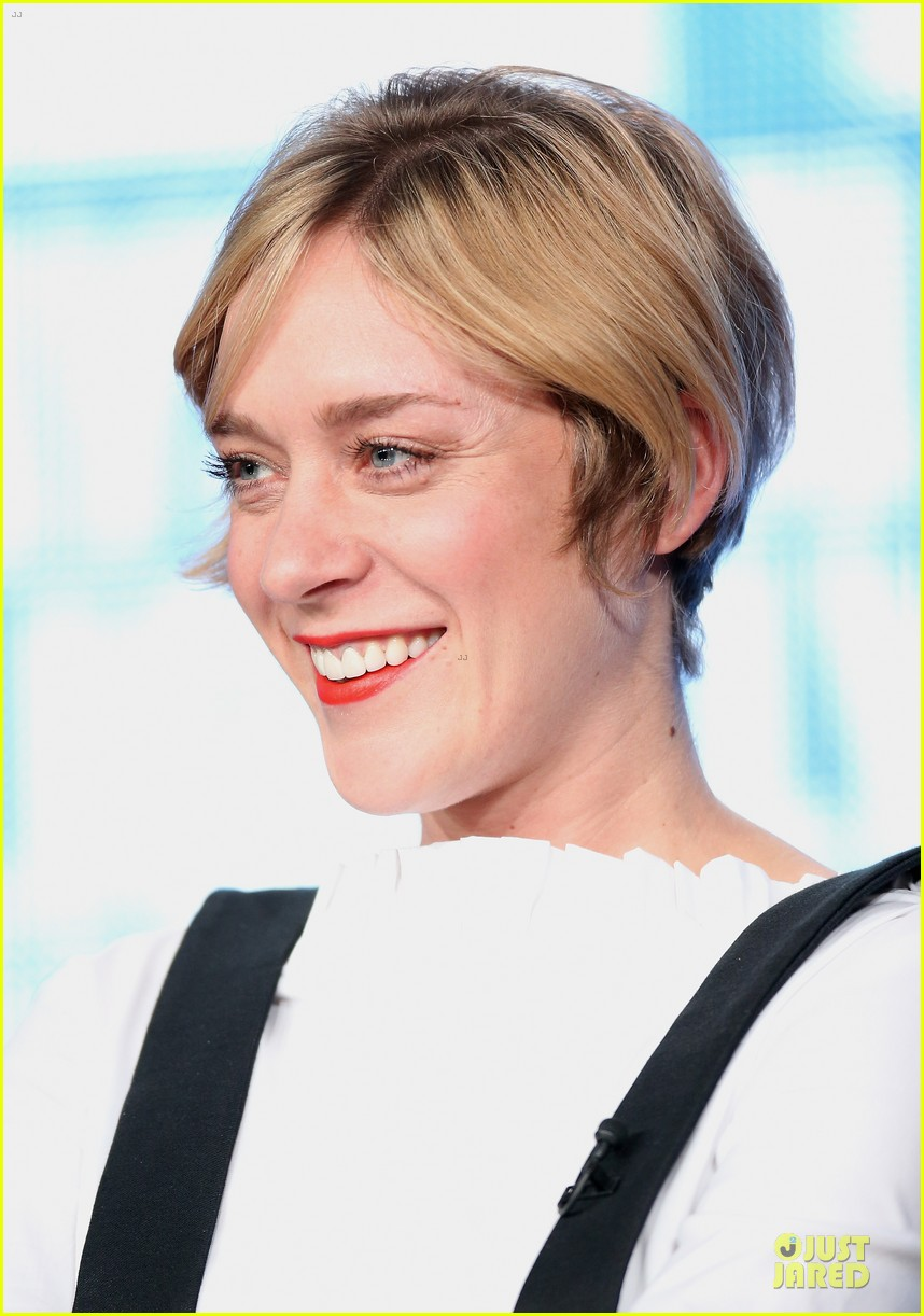chloe sevigny & carrie brownstein porlandia tca panel 09