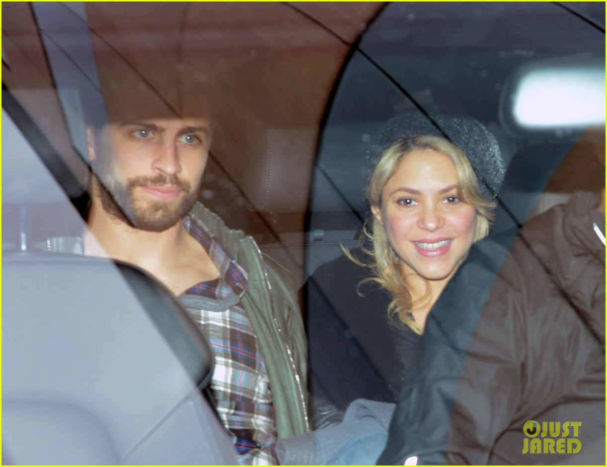 shakira gerard pique leave hospital with baby milan 042800146