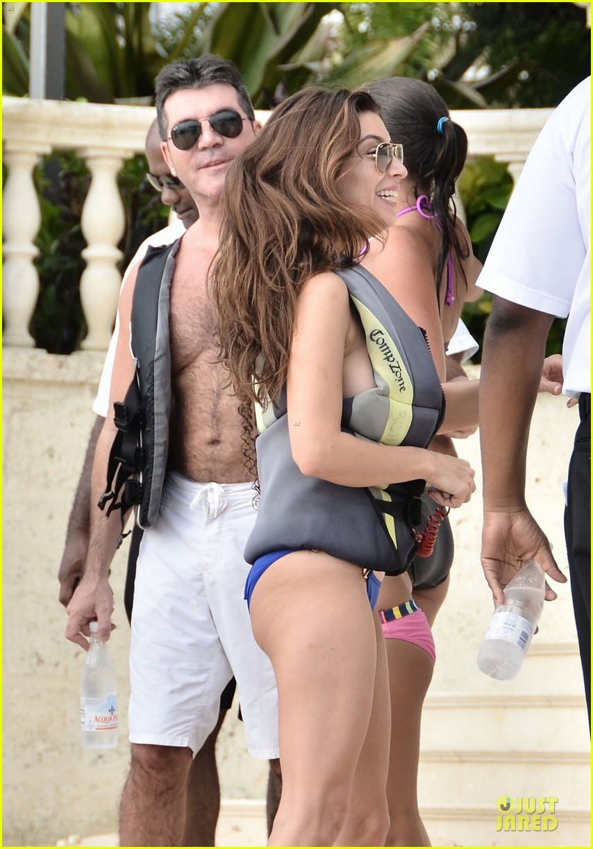 simon cowell shirtless new years eve with mezhgan huissany 13