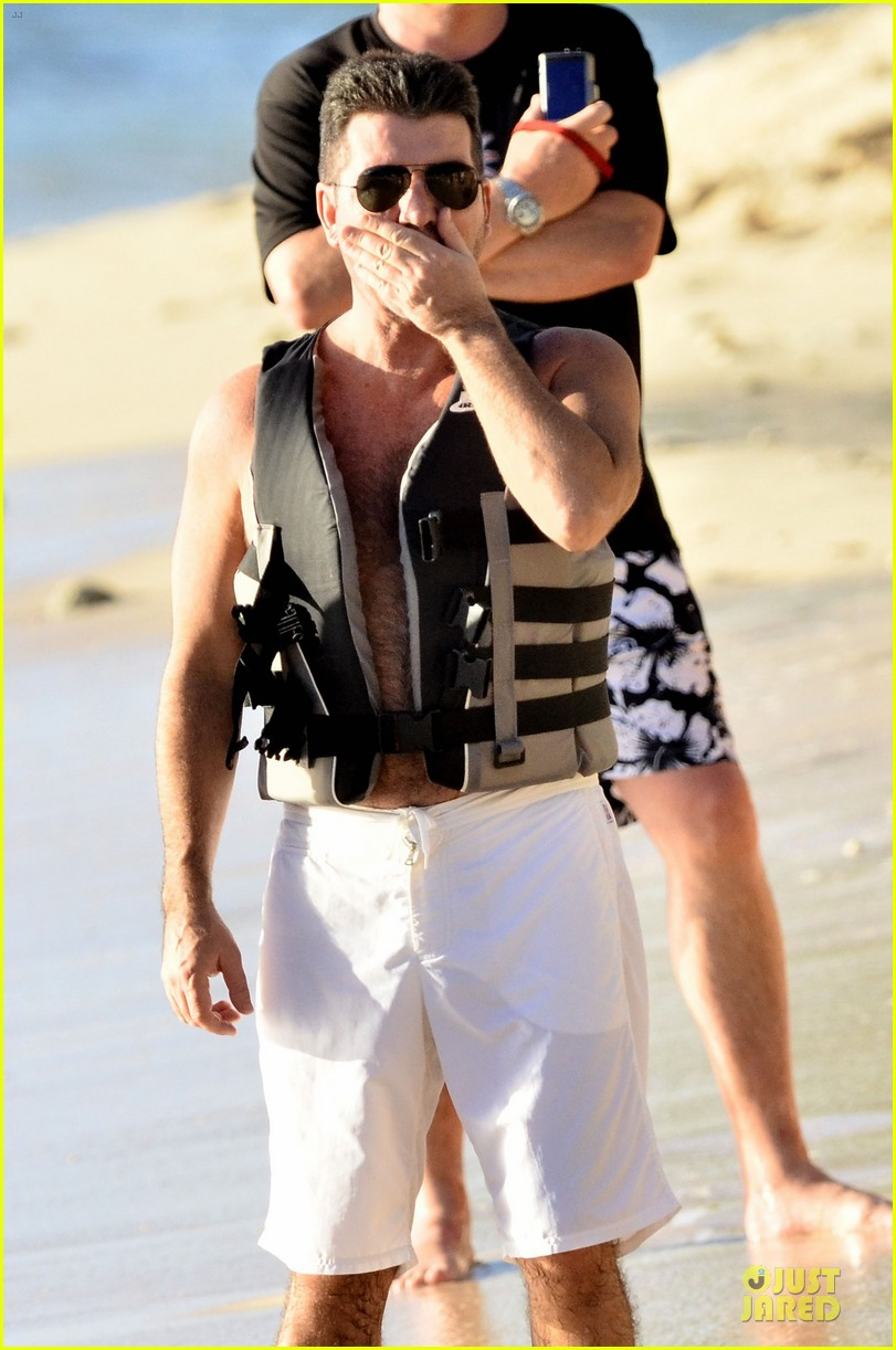 simon cowell shirtless new years eve with mezhgan huissany 21