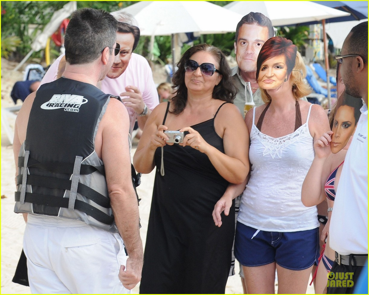 simon cowell shirtless new years eve with mezhgan huissany 32