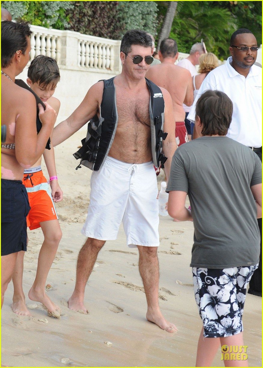 simon cowell shirtless new years eve with mezhgan huissany 37