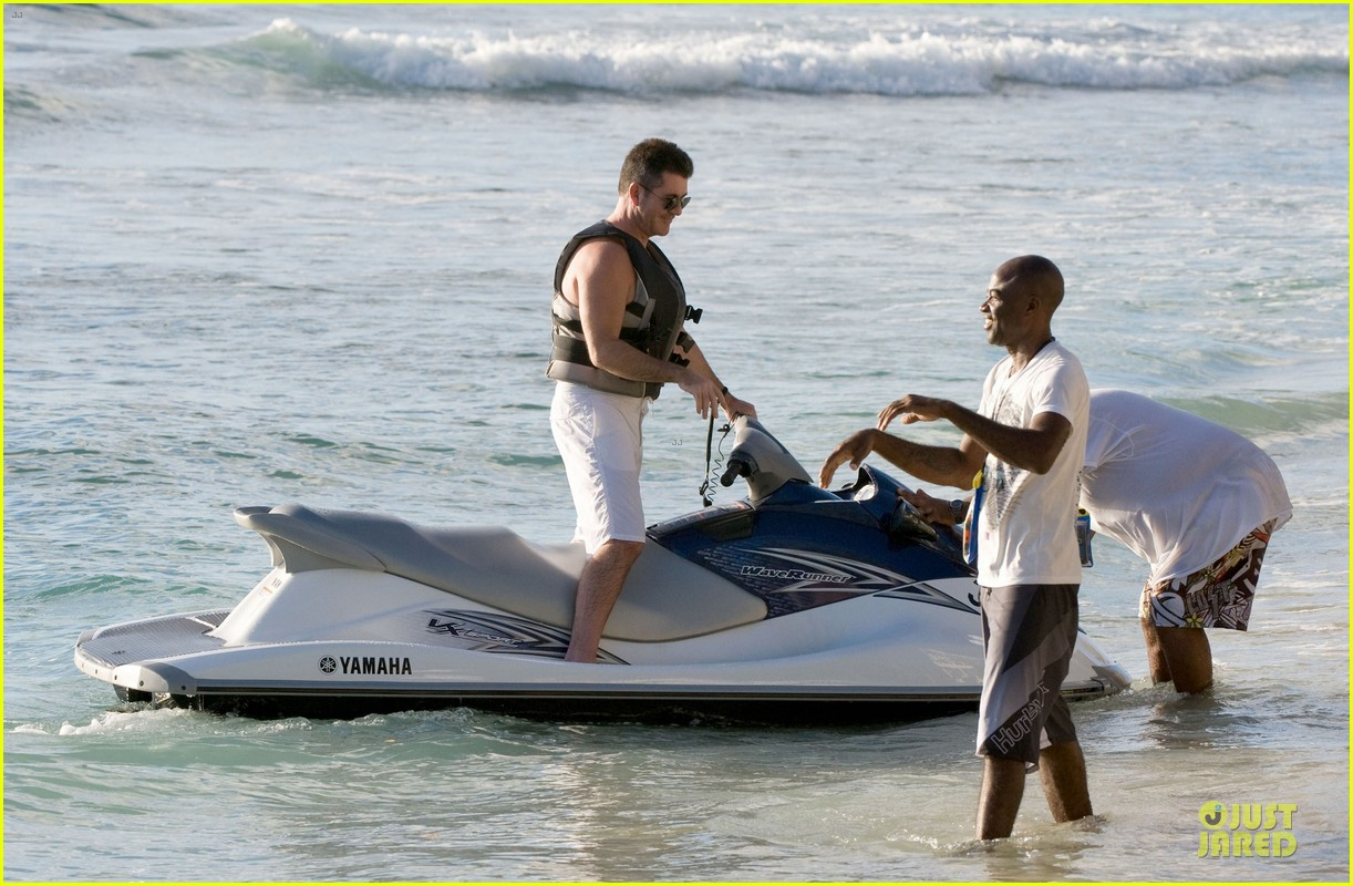simon cowell shirtless new years eve with mezhgan huissany 40