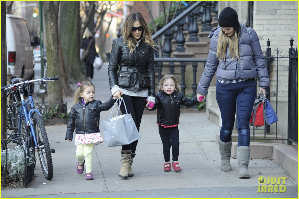 sarah jessica parker twins matching leather jackets 032786790