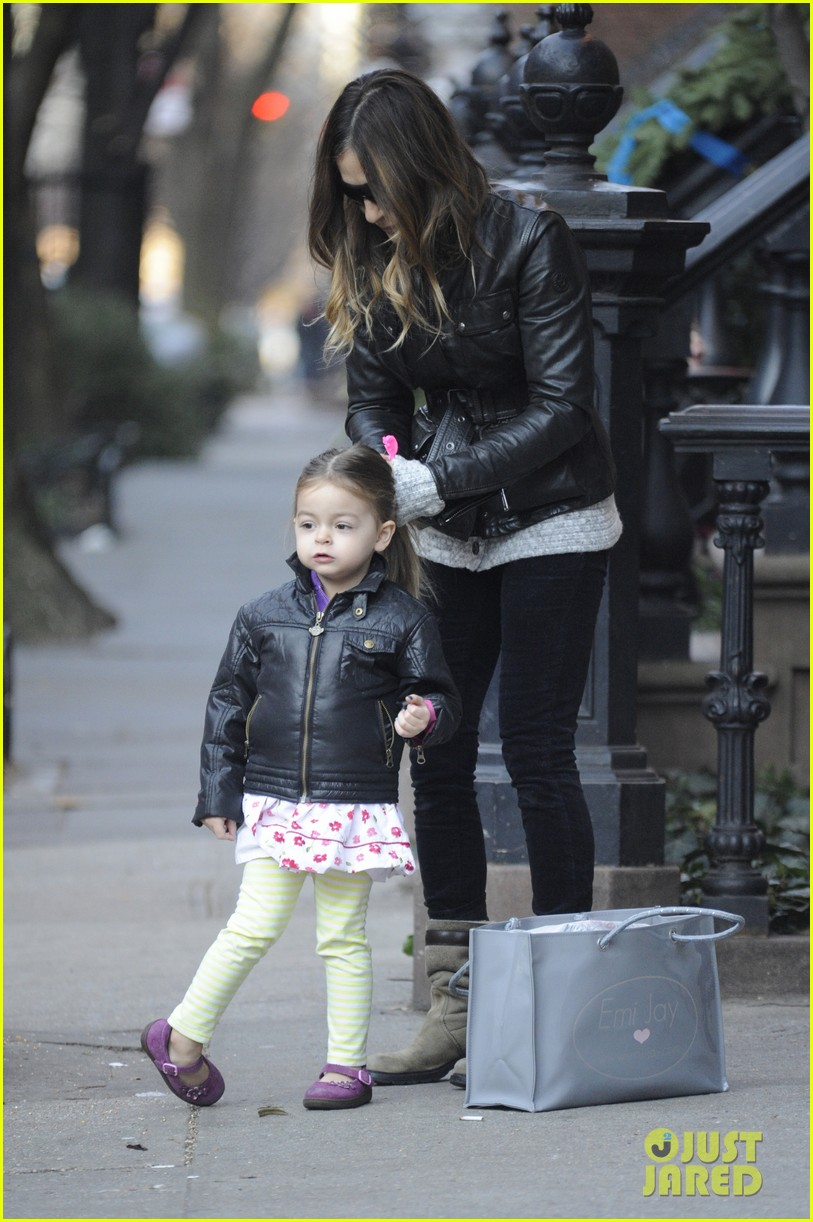 sarah jessica parker twins matching leather jackets 052786792