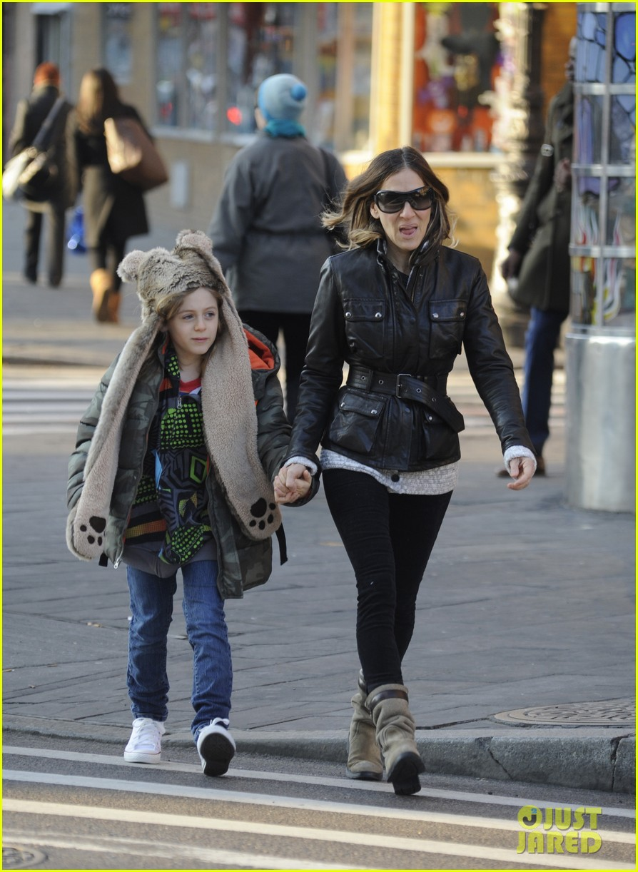 sarah jessica parker twins matching leather jackets 112786798