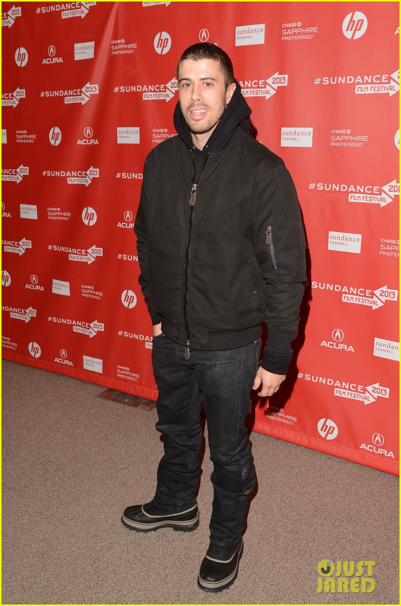 alexander skarsgard brit marling the east sundance premiere 29