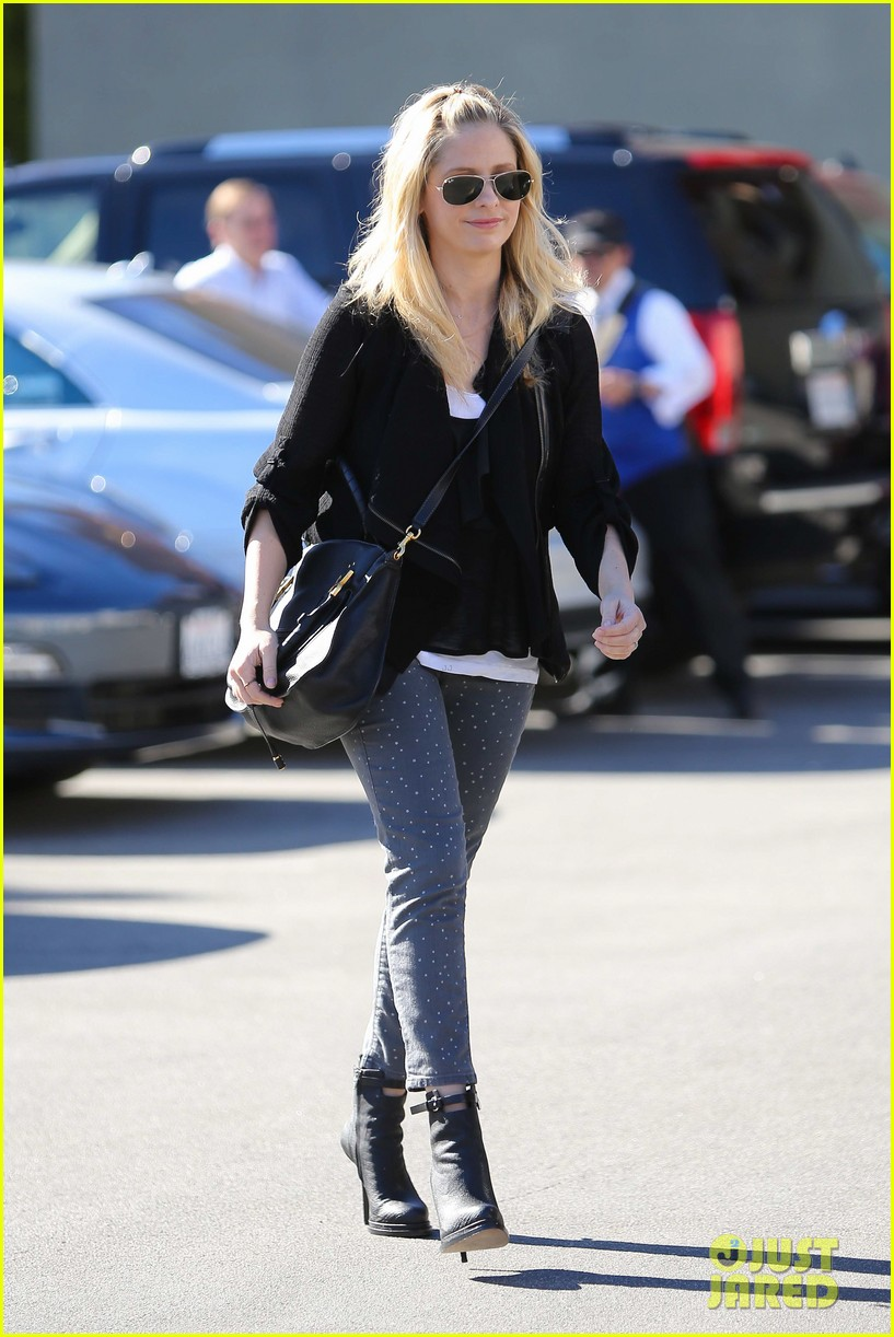 sarah michelle gellar tavern thursday lunch 09