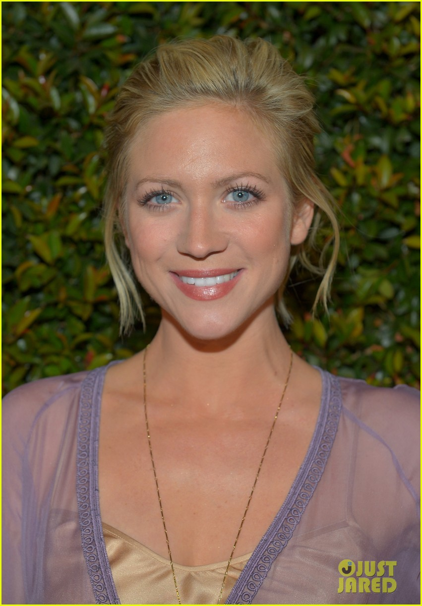 brittany snow art of elysium golden globes party tomorrow 02