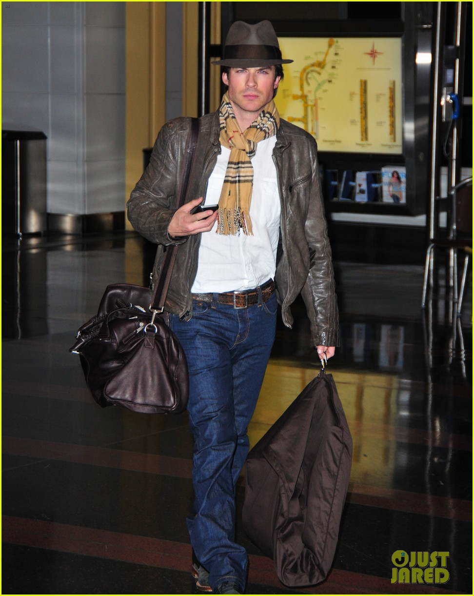 ian somerhalder ready for the inauguration 03