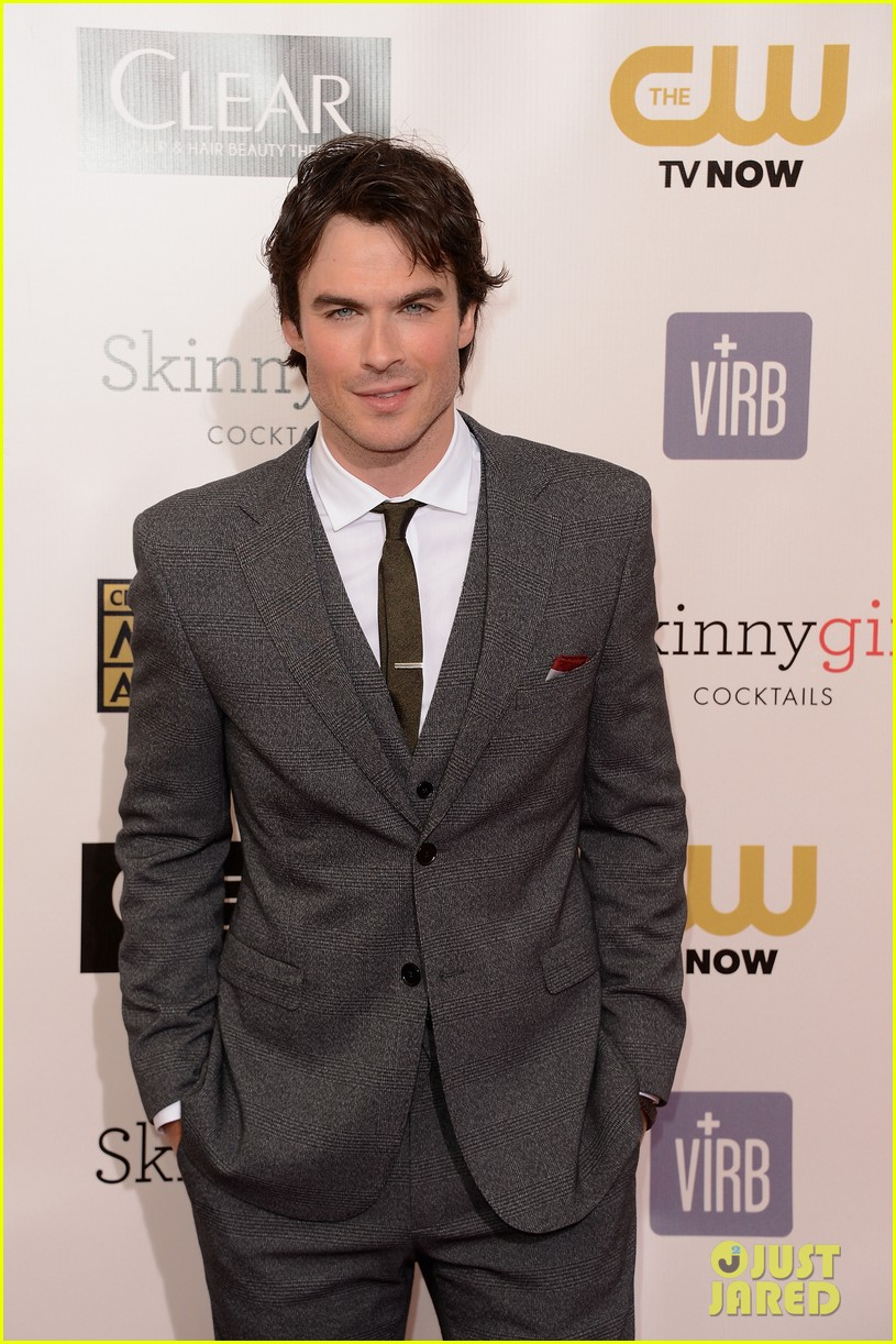 ian somerhalder nina dobrev critics choice awards 2013 122788896